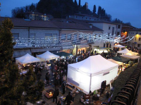 Grande successo per i mercatini di Natale del 14 dicembre