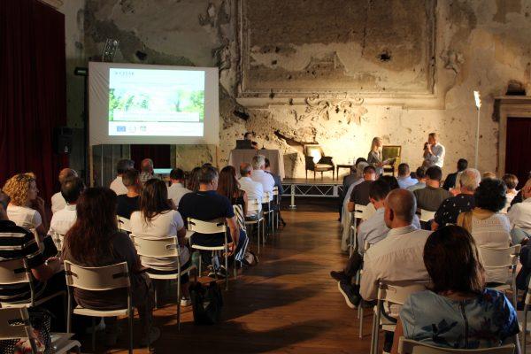 Gli artigiani della concia discutono di sostenibilità