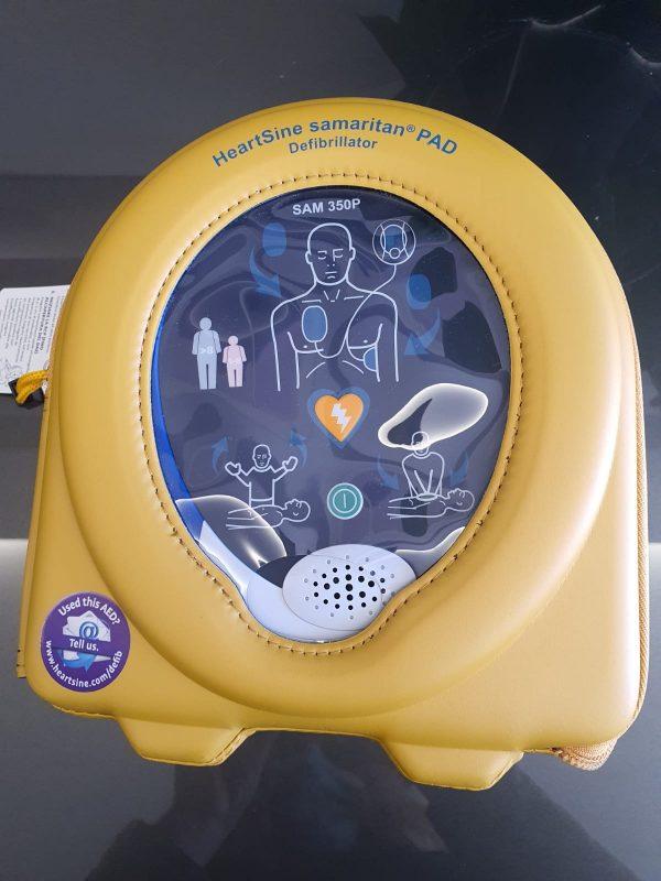 Lavoro e prevenzione. Un defibrillatore in Cielo e Terra